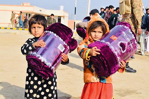 two children in Kashmir